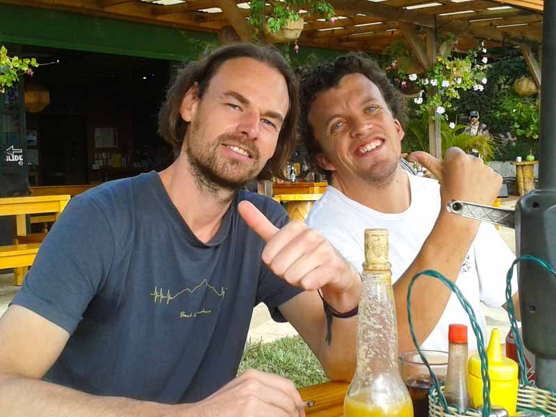 Mit Benjy auf der Earth Lodge in Antigua Guatemala
